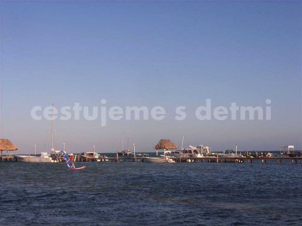 BELIZE - ostrov Caye Caulker