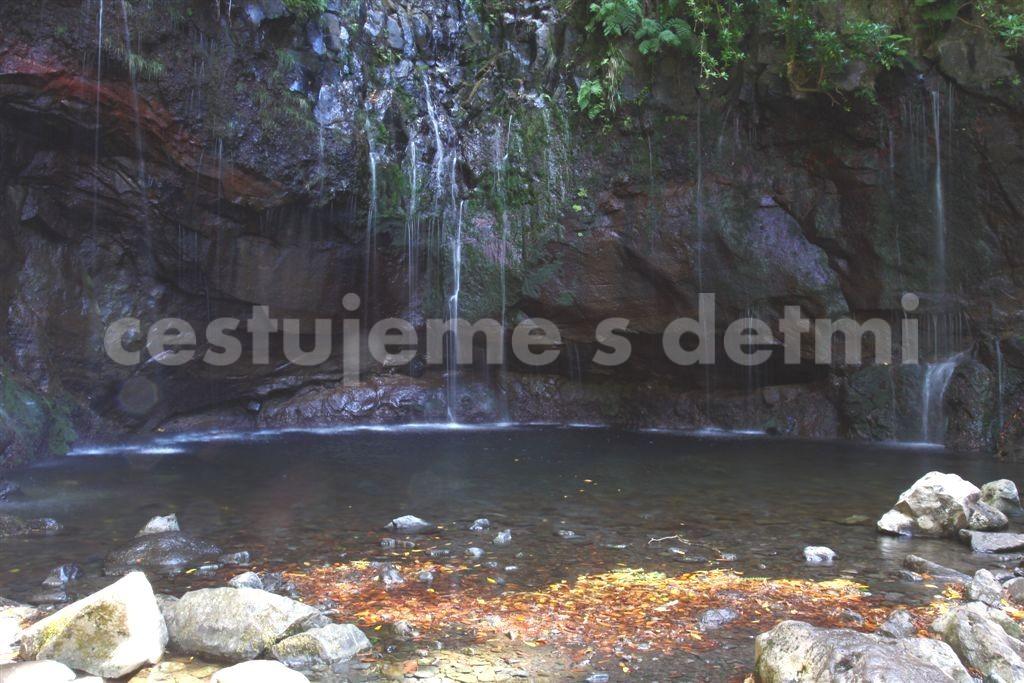 25 Fontes a jezírko - Madeira