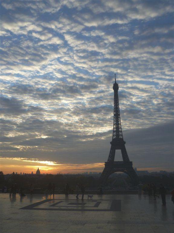 Eiffelova věž Paříž