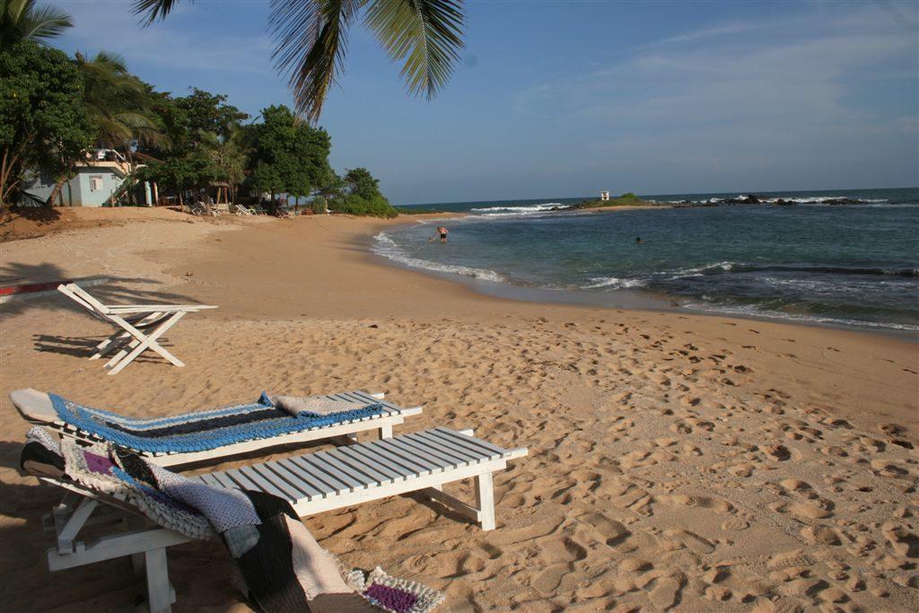 Tangalle - laguna, kde se dá koupat