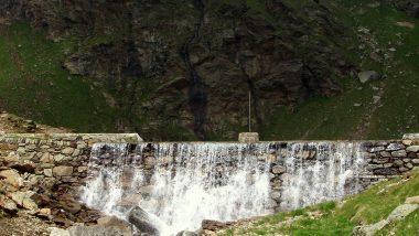 přehrada na jezeře