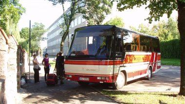 náš autobus, kterým jsme se dostávali do odlehlých míst
