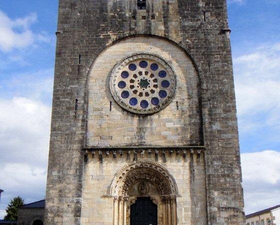 další z katedrál - v Portomarínu