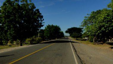 jedna z mála dobrých cest- silnice vedoucí ze severu na jih