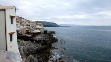 pláže v rybářském městečku Cefalu