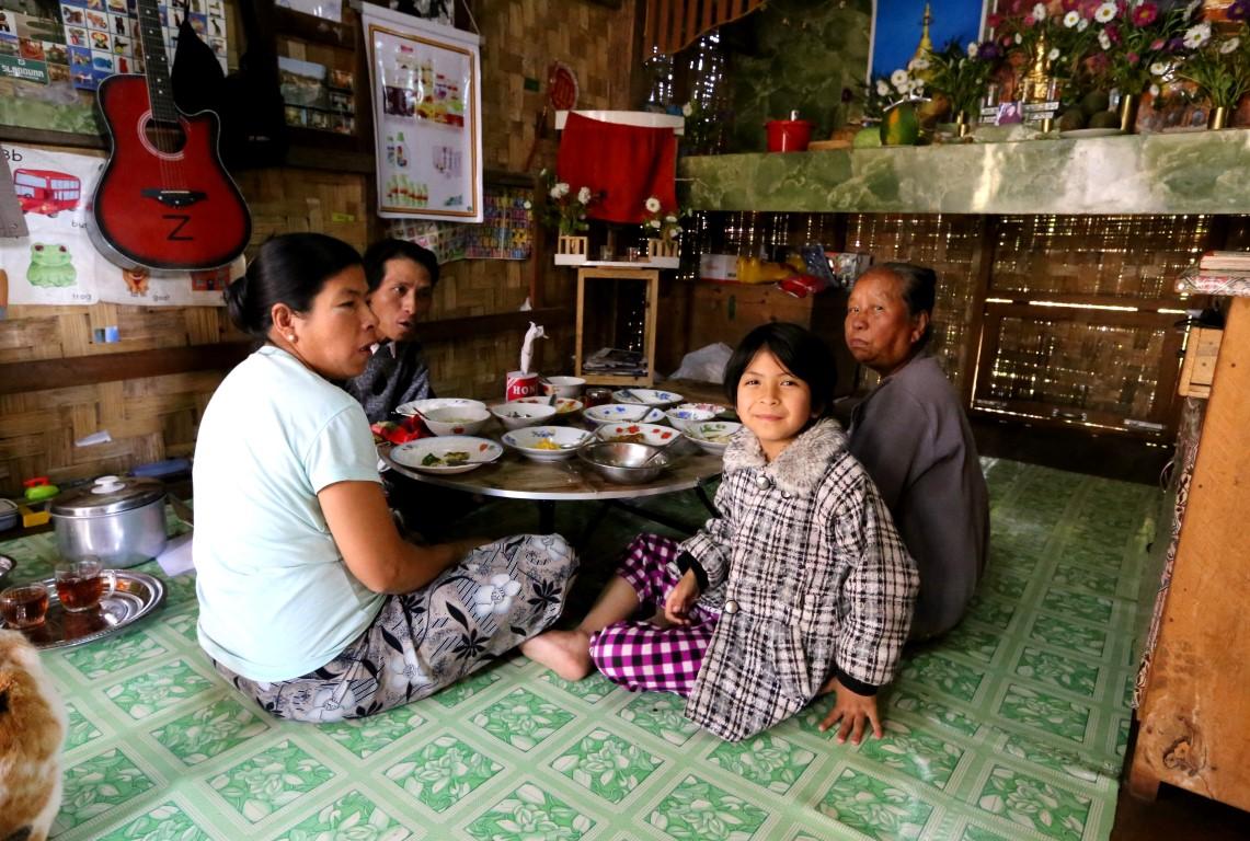 u přátel v Barmě