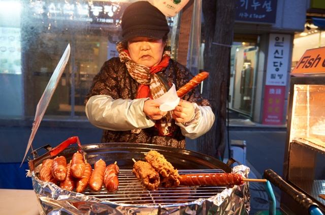 v Soulu na trhu