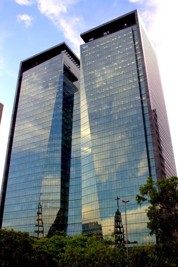 VENTURA CORPORATE TOWERS Avenida República do Chile, n 330