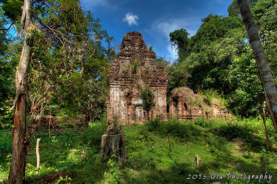 Další z chrámů v džungli.
