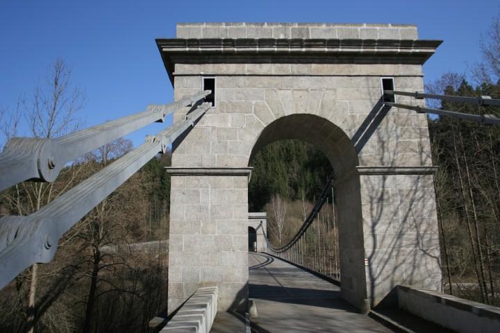 Řetězový most Stádlec