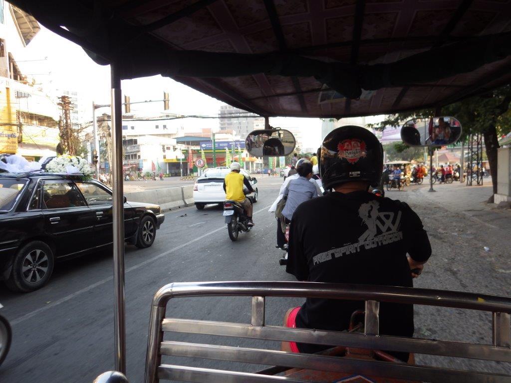tuktuk v Phnom Penh