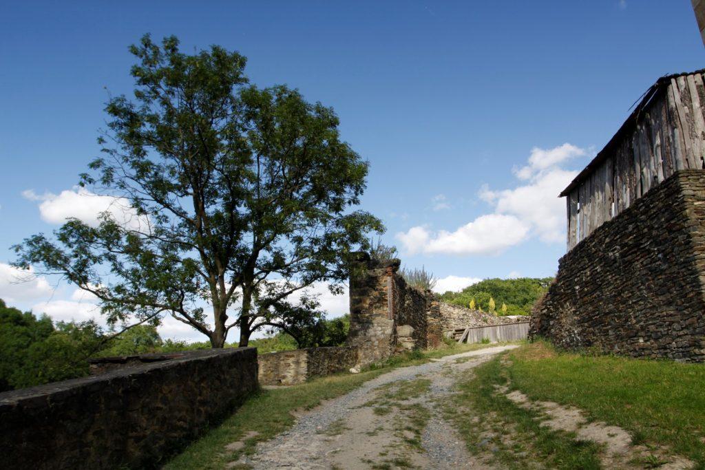 hrad Okoř
