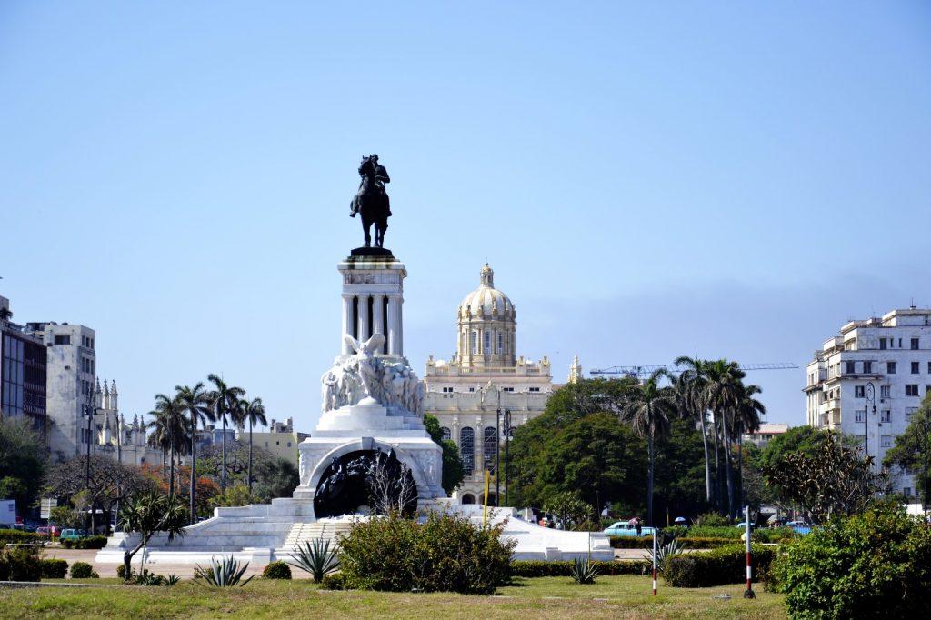 Monumento a Maíximo Gomez