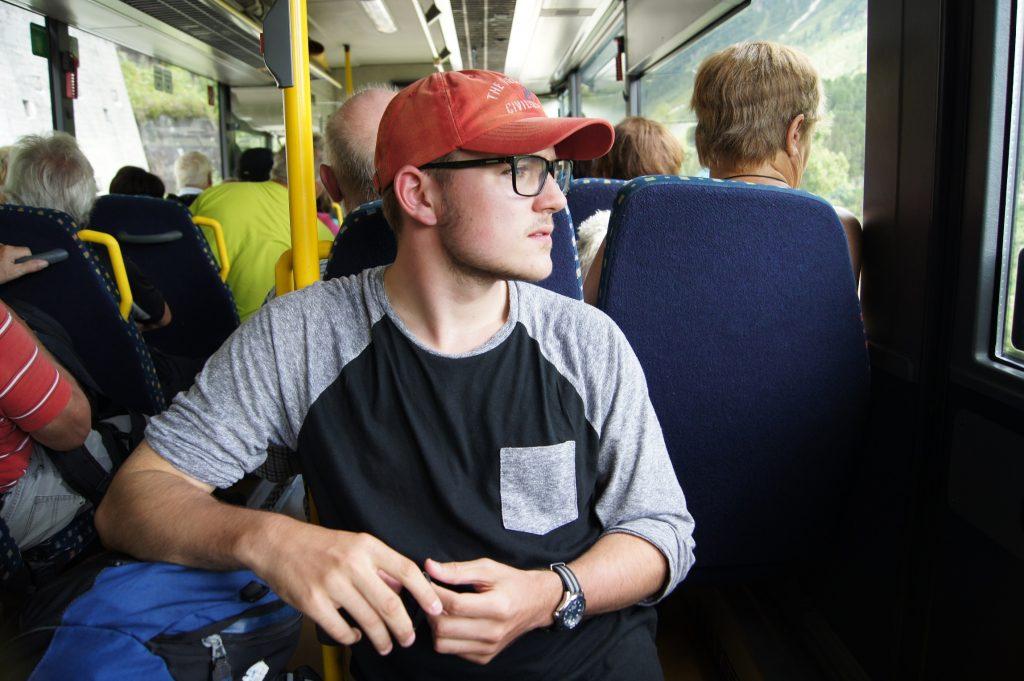 V buse