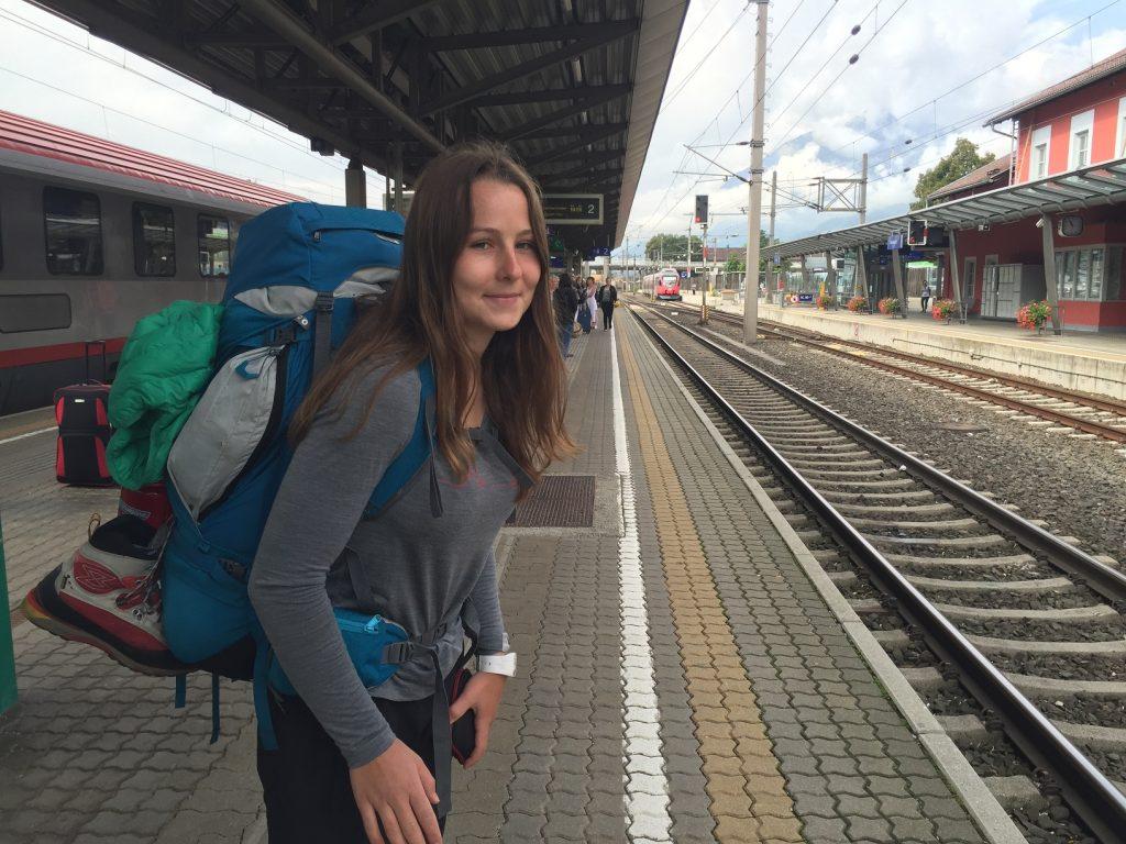 Čekáme na vlak v Jenbachu