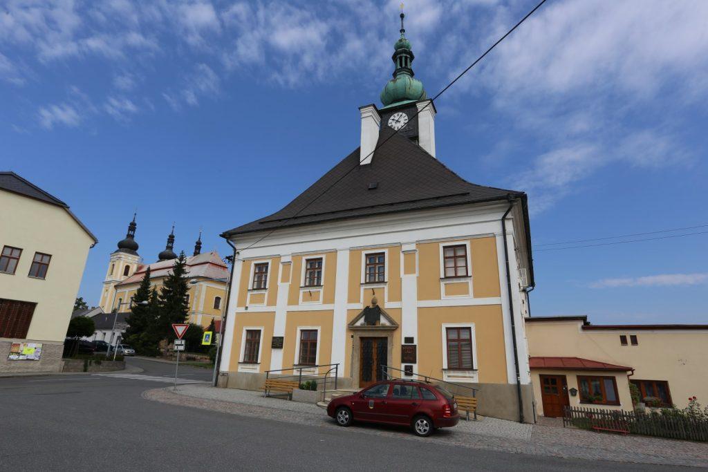Radnice Bystré